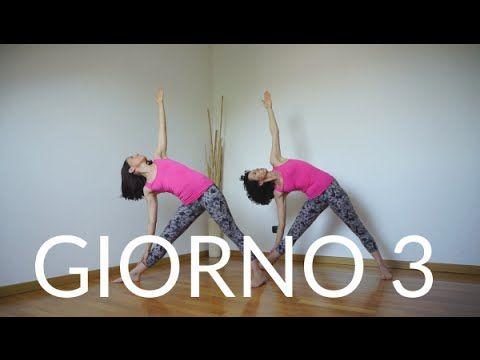 Giorno 3 - Triangolo esteso (UTTHITA TRIKONASANA)   Tutorial Yoga per principianti - YouTube
