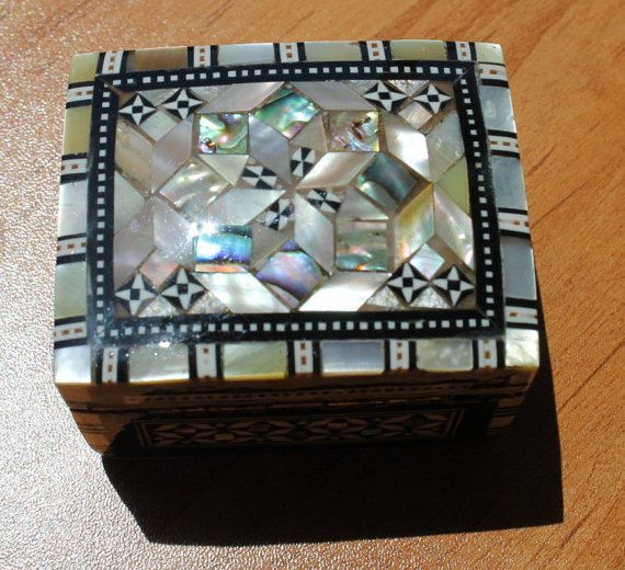 Jewellery Box Free Shipping Mother of Pearl by TherapyStonesOne
