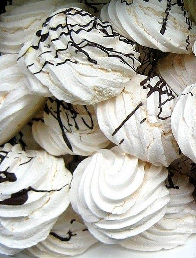 Thermomix Recipes: Meringues with Thermomix