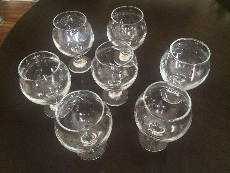 Crate & Barrel Belgian Beer Tasting  Glasses 5 oz Set of Eight
