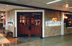 Os restaurantes Red Lobster, de frutos do mar, e Oliver Garden, de cozinha italiana, inauguraram suas primeiras lojas no Brasil, localizadas no Terminal 3 do Aeroporto de Guarulhos.