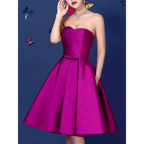 Purple Sweetheart Bowknot Waist Lacing Back Strapless Prom Skater... (290 PLN) ❤ liked on Polyvore featuring dresses, strapless cocktail dress, strapless skater dress, purple cocktail dress, purple prom dresses and sleeveless skater dress