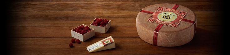 QUESO  FRAMBUESA BELLAVITANO ® Esta es nuestra propia, cremoso, galardonado creación de nuez - empapado con cerveza artesanal tarta de frambuesa. Las notas brillantes de frambuesas de color rojo rubí se combinan con sabores de avellana y marrón de mantequilla para hacer un queso deliciosamente complejo