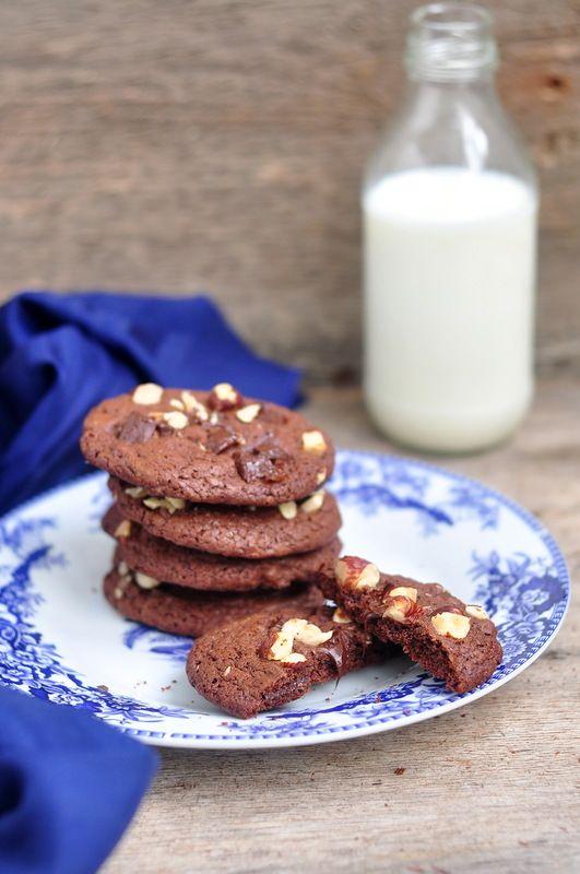something sweet to a cup of coffee - Шоколадное печенье с фундуком