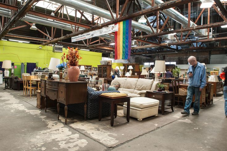 The best thrift stores and second-hand stores in Chicago. Find bargain clothes, shoes, furniture and housewares at these top thrift stores.
