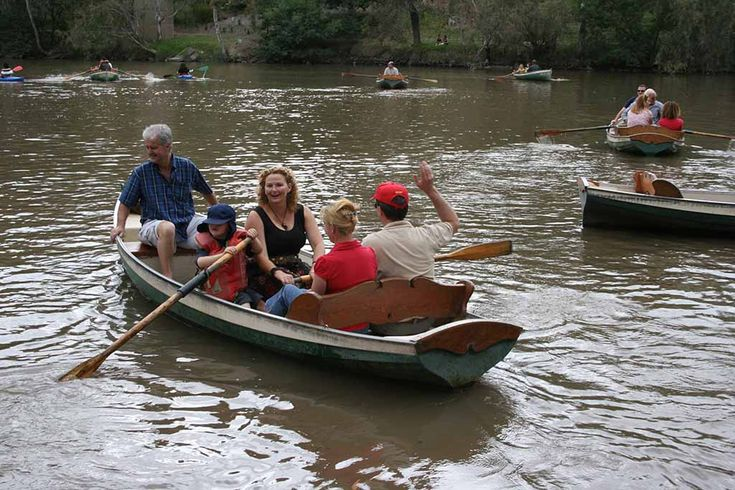 Step back in time at Fairfeild Boathouse, Hire a boat, canoe or kayak and paddle through Melbourne's natural bush land, enjoy devonshire tea, scenic walks, and historic display featuring photographs and a history of the area.