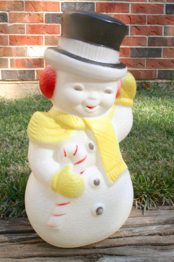 Vintage plastic snowman blow mold light up holiday lawn for Plastic snowman