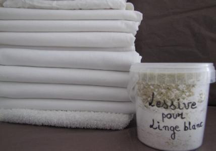 Poudre pour lessive linge blanc