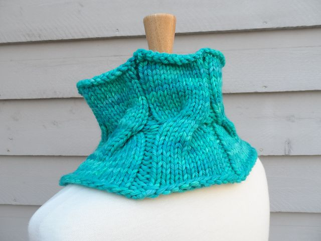 Vite Cowl Knitting Pattern : 98 best images about tricot on Pinterest