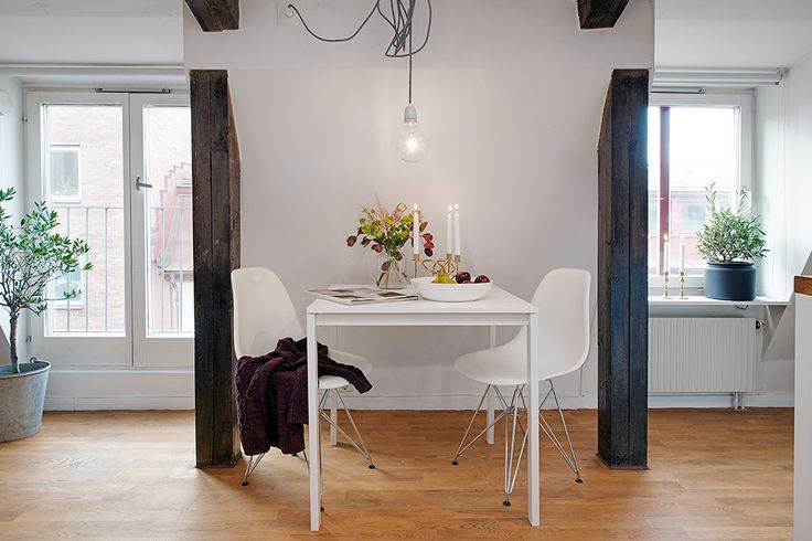 Matbordet har sin givna plats //มีพื้นที่สำหรับโต๊ะอาหาร