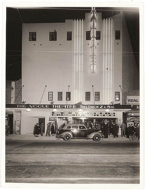 Double Bay Vogue, c. 1930s, by Sam Hood