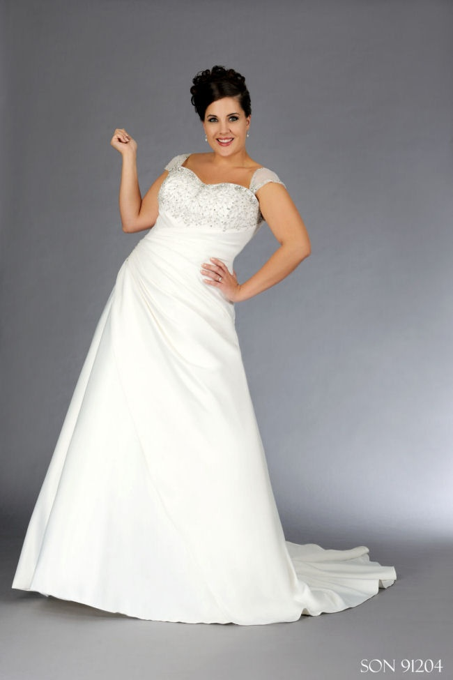 256 best images about PLUS SIZE WEDDING GOWNS on Pinterest | Satin ...