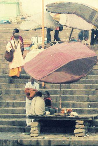 At th Ganges
