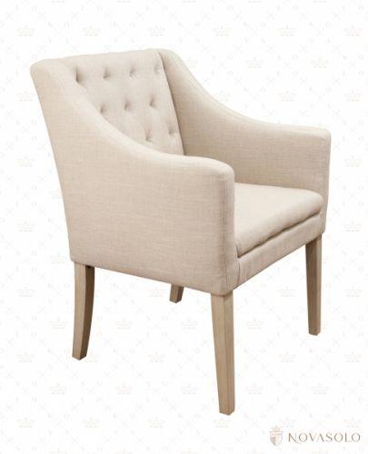 Pen og behagelig Provence spisestol som kan benyttes inntil ethvert spisebord. Stolen har høye armlener, god sittekomfort og fremstår svært solid! Mål:Bredde 59 cmHøyde 87 cmDybde 62 cmSittehøyde 46 cmFarge:Fargekode - NOVA-F001Materiale:Stoff - 55 % lin, 45 % viskoseStolben - GummitreVedlikehold:Vi anbefaler bruk avColourlock Universal Protector med silikon.Reduserer nupper, smuss, forenkler renhold og tilfører et beskyttende lag til tekstilen. Påføres umiddelbart.Va...