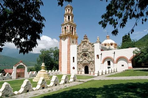 Misión de San Francisco de Asís en el Valle de Tilaco, Mpio. Landa de Matamoros, Querétaro. -Las Misiones de la Sierra Gorda de Querétaro. México Desconocido-