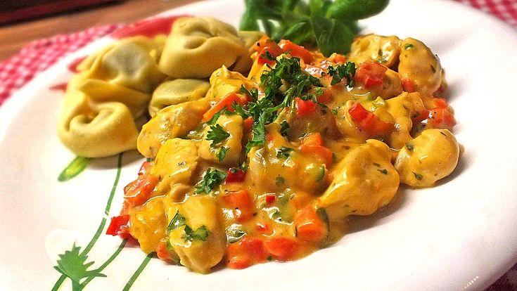 Putengeschnetzeltes mit Gemüse, ein schmackhaftes Rezept aus der Kategorie Geflügel. Bewertungen: 32. Durchschnitt: Ø 4,4.
