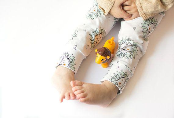 Organic cotton Printed leggings Toddler leggings by DipuKids