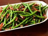 green beans and bacon: Food Recipes, Food Network, Fun Recipes, Pecans Recipes, Side Dishes, Green Beans, Bacon Recipes, Mr. Beans, Lemon