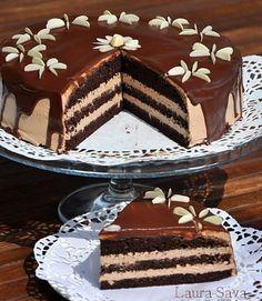 Tort cu crema de ciocolata | Retete culinare cu Laura Sava