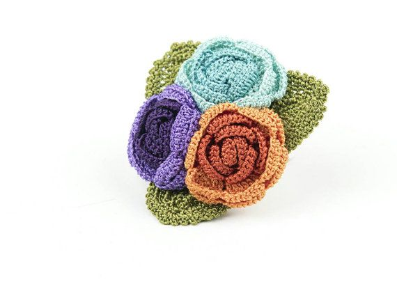 Check out this item in my Etsy shop https://www.etsy.com/listing/271621793/brooch-juicy-roses-handmade-crochet
