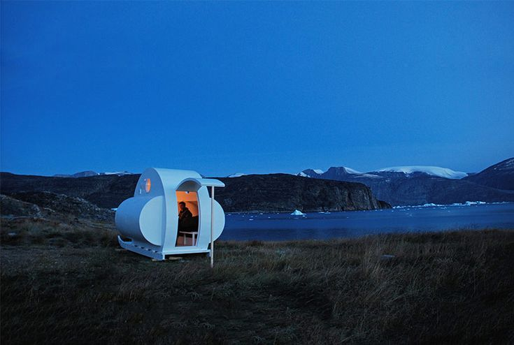 nomadic sled habitats by rob sweere move across the arctic - designboom | architecture
