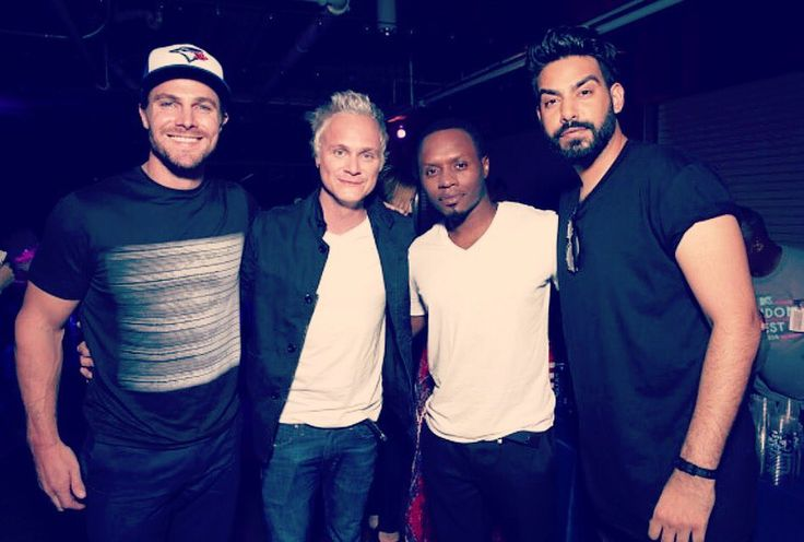 """Rahul Kohli on Twitter: """"It's Stephen Amell and two other dudes I don't know."""