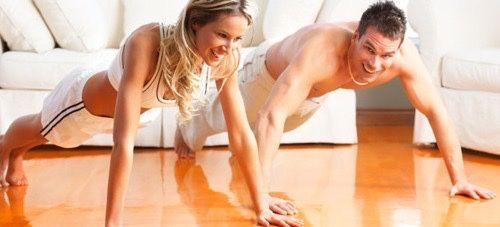 Hacer ejercicio con tu pareja es super divertido. En mi caso fuimos juntos al gym y a la pista pero me he divertido mas haciendo ejercicios en nuestro hogar. Los programas de ejercicios de beachbody pueden ser realizados por mujeres y hombres con resultados sorprendentes. Victor y yo hicimos T25 e Insanity juntos y nos apoyamos mutuamente.