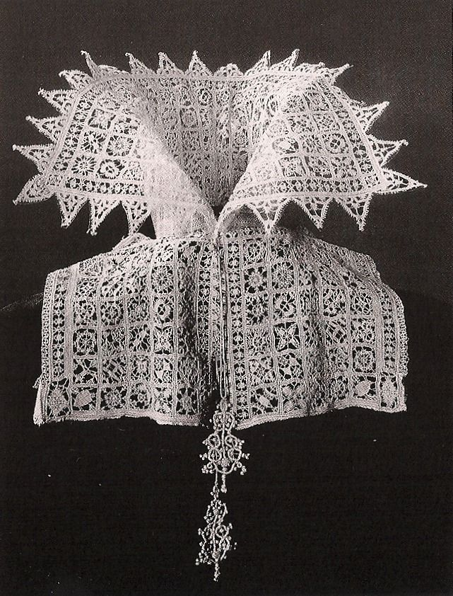 Lace collar, possibly cut loose from a camicia or a linen partlet (there are still linen strips in the bottom half); Venetian, c. 1610 (Rijksmuseum, Amsterdam)