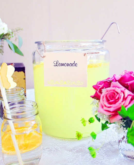 Drinks table #lemonade #yellow #summer