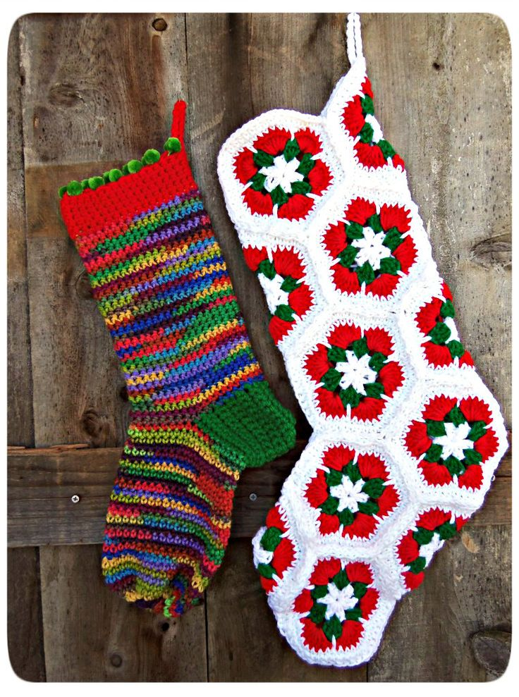 Crochet Xmas Stocking : Crochet Christmas Stockings on 3 Squeezes at http://3-squeezes ...