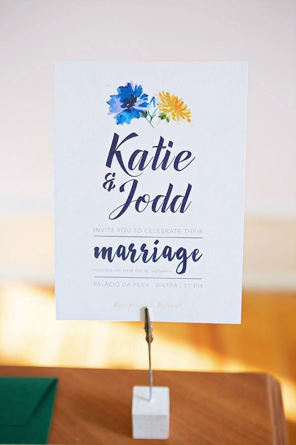 Wedding Welcome sign - Wild Flowers Photo by Mariana Megre www.inlove.pt
