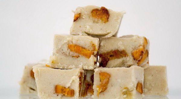 Бурфи – это потрясающий молочный десерт, прославившийся стараниями индийских кулинаров. По консистен...