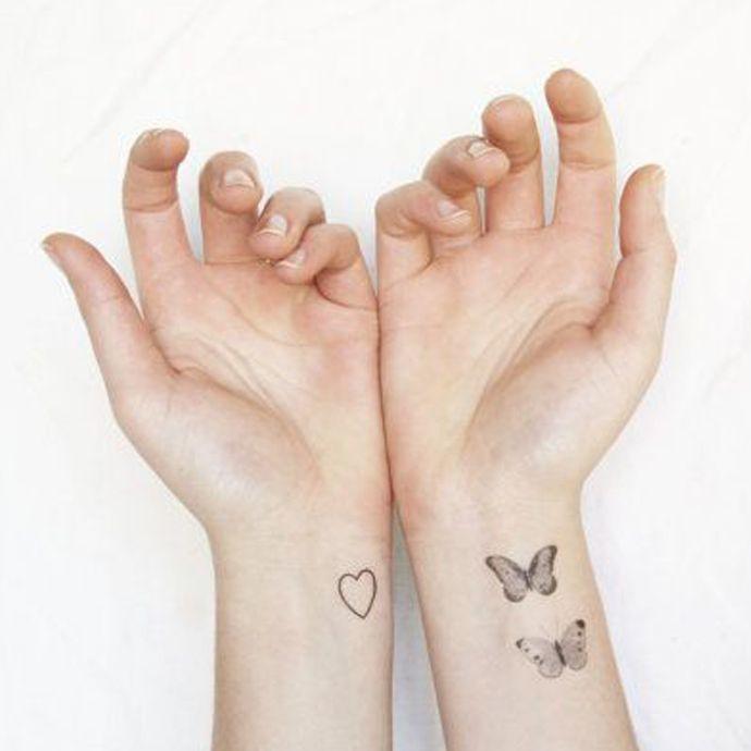 25 beste idee n over kleine pols tatoeages op pinterest kleine polstatoeages kleine tatoeage. Black Bedroom Furniture Sets. Home Design Ideas