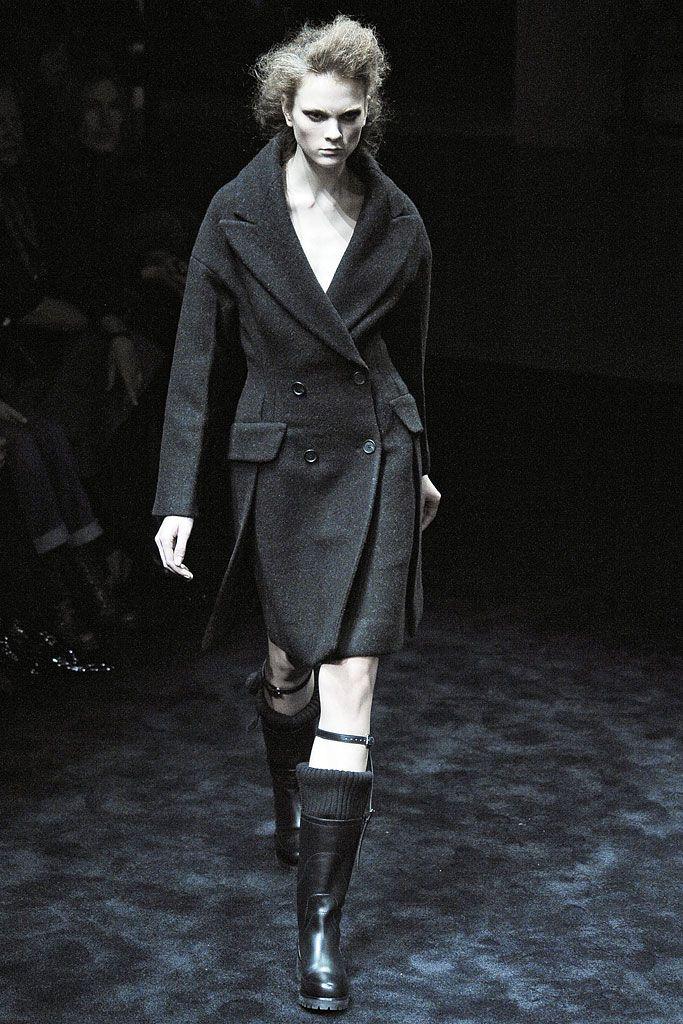 Prada - Fall 2009 Ready-to-Wear - Look 26 of 41