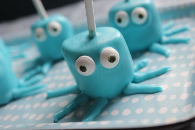 Octopus cake pops for an Under the Sea Birthday party