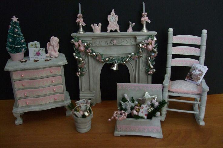 Roze kerst miniaturen/pink christmas miniatures made by Jolanda Knoop