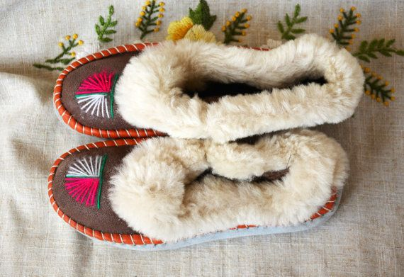 These slippers are in stock and ready to ship.  MEASURES IS 9 length (US size 6) Slippers in other size will differ color.  Leather sheepskin slippers are very comfortable and warm. Inside there are fur from heel to toe. The best solution for your feet. Slippers keep your feet cozy and warm during the cold seasons. Natural leather is an irreplaceable protection from cold more than thousand years. Sheepskin reacts to the body temperature, and naturally warms. These handmade slippers are not…