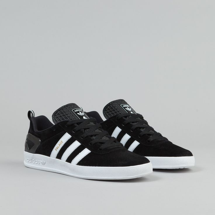 Adidas Shoes, Shoes Sneakers, Sport Wear, Man Stuff, Sports Shoes, American  Eagle Outfitters, Adidas Originals, Trainers, Fashion Clothes