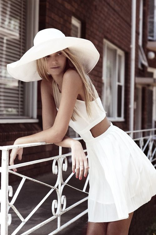 white broad rimmed sun hat