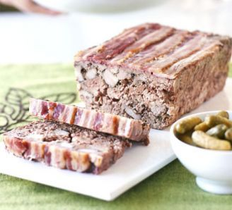 Country terrine with black pepper & thyme
