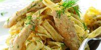 Συνταγή για κοτόπουλο με λινγκουίνι και σάλτσα μουστάρδας!