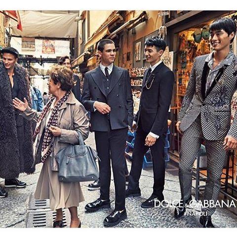 @stefanogabbana Dolce & Gabbana AD Campaign 2016/17 #DGlovenaples ❤️❤️❤️❤️ ph.@francopagetti #fotoreporter #sud NAPOLIÈ