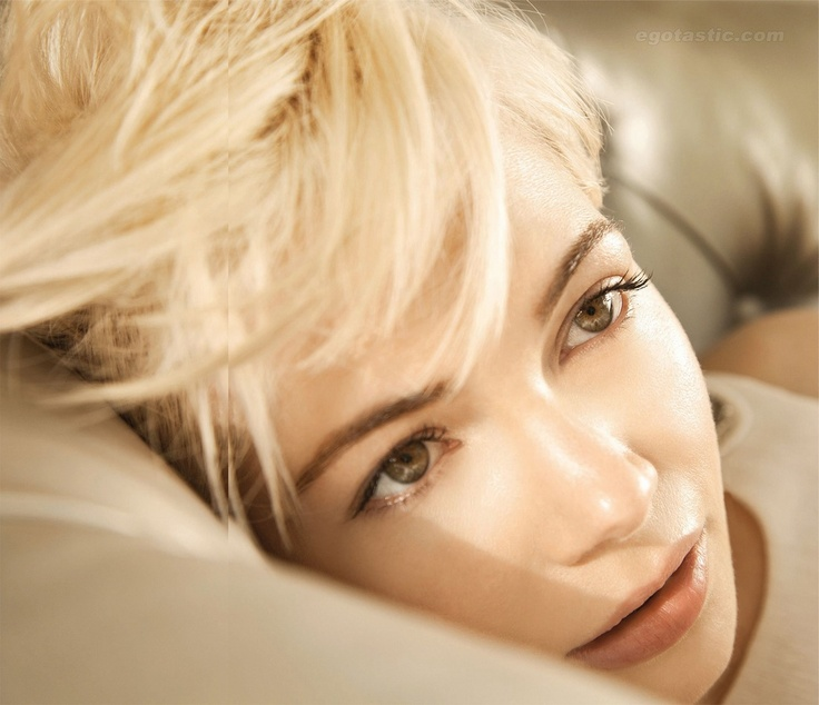 Michelle Williams...: Celebrity Photography, Inspiration, Michele William, Makeup, Beauty Actresses, Beauty People, Michele Celebrity, Celebrity Galleries, Michelle Williams