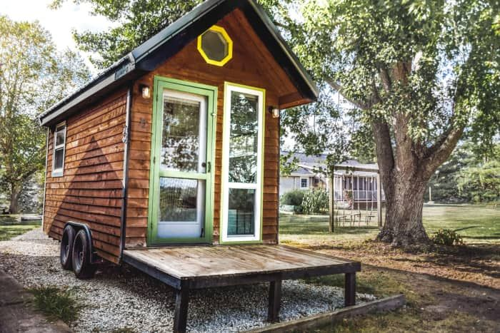 Fully Furnished Flat Rock Tiny Tiny House For Sale In Nashville Indiana Tiny House Listings Tiny Houses For Sale Tiny House Listings House