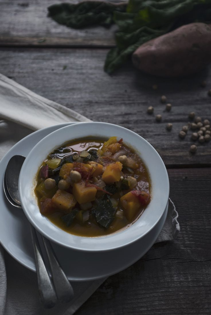 SWEET POTATO & CHICKPEA STEW | Vegetarian whole30 compliant   --by Emily Leclerc