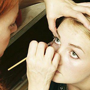 Was muss ich als freiberuflicher Maskenbildner bezahlen? – Beautynewbie – Makeup obsession