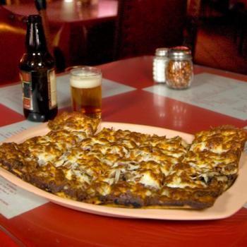 """South Louisiana Cuisine: Baton Rouge's Fleur De Lis Restaurant's """"Round The World Pizza"""" Clone Recipe - a closely guarded secret"""