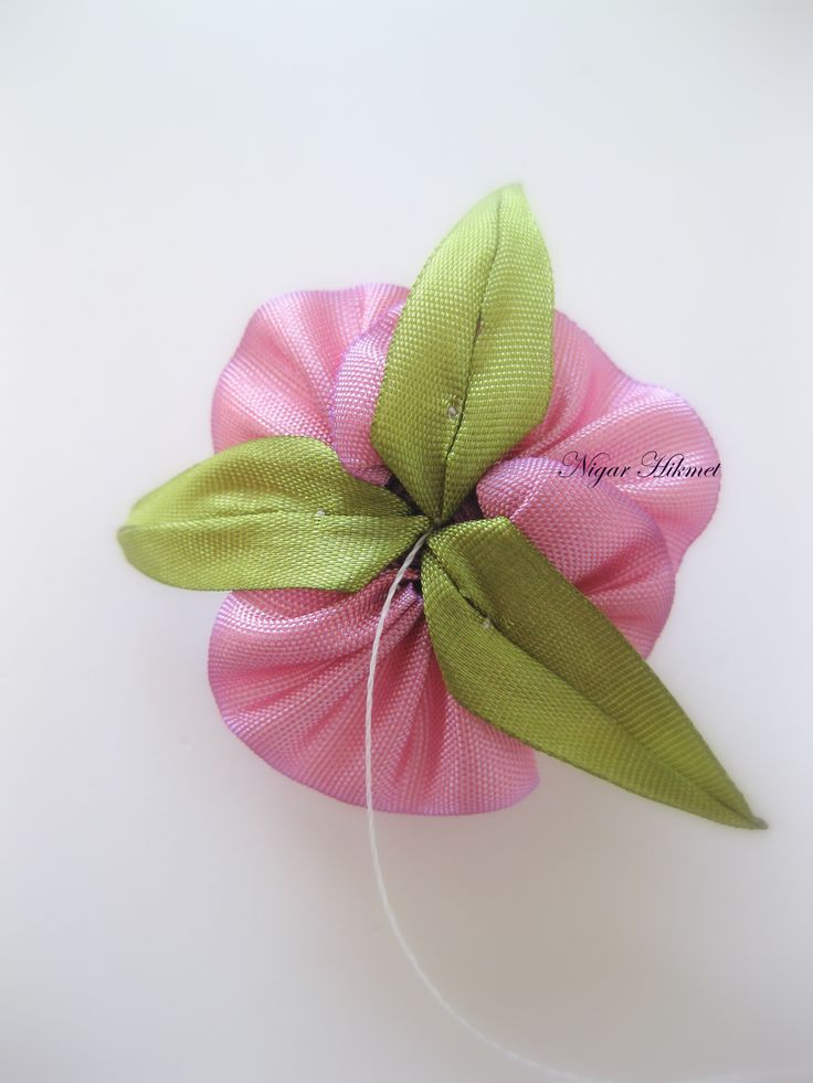 Tutorial: assembling a ribbonwork rose with calyx and cord stem, by Nigar Hikmet. Part 7