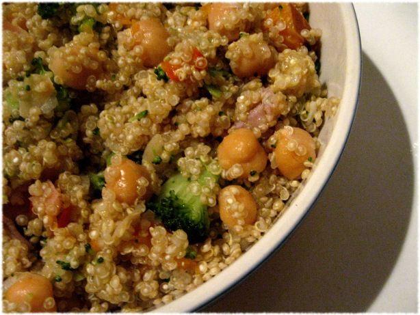 Quinoa con broccoli e ceci