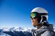 Brug hovedet igen til næste vinter. Læs om valg af skihjelm på http://www.skiferietips.dk/skiudstyr/skihjelm